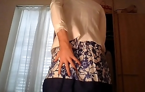 Amateur cross desk wearing a cute secretary rare garments and sexy white blazer teasing and touching