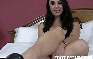 I will show my amazing feet off be fitting of you